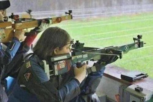 29 Carmen Zellweger